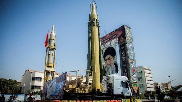 İran dini lideri Hamaney: Nükleer kullanmak haramdır