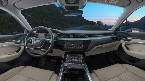 Audi'nin ilk elektrikli aracı testlerden başarıyla geçti