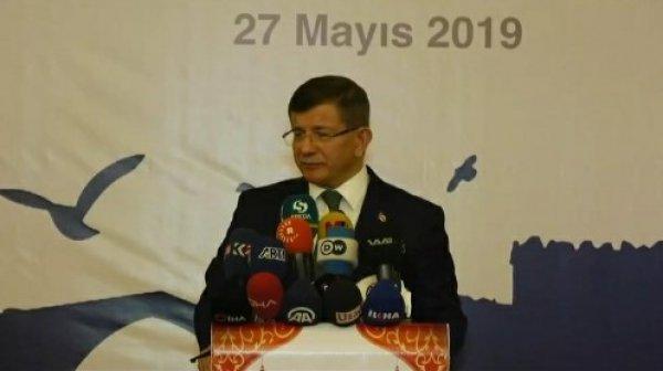 Davutoğlu yeni parti iddialarını cevapladı