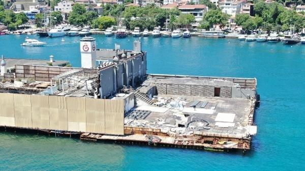 Galatasaray Adası'nda görüntü kirliliği sonlanıyor