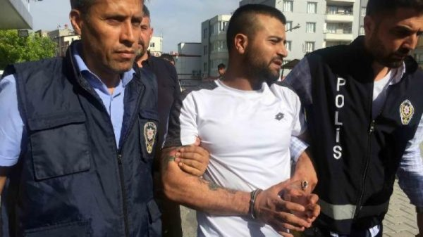 Gaziantep'te polise çarpan sürücü yakalandı