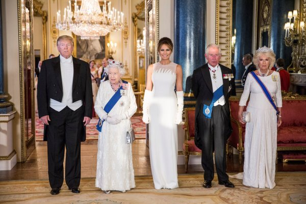 Trump is greeted by the Queen in Buckingham