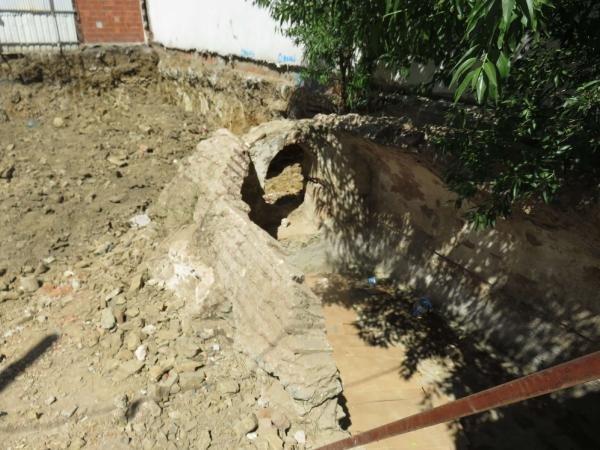Üsküdar'da temel kazısında tarihi kalıntılar bulundu