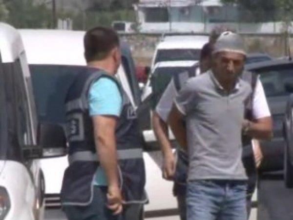 Adana'da bıçaklı cinayete 3 tutuklama