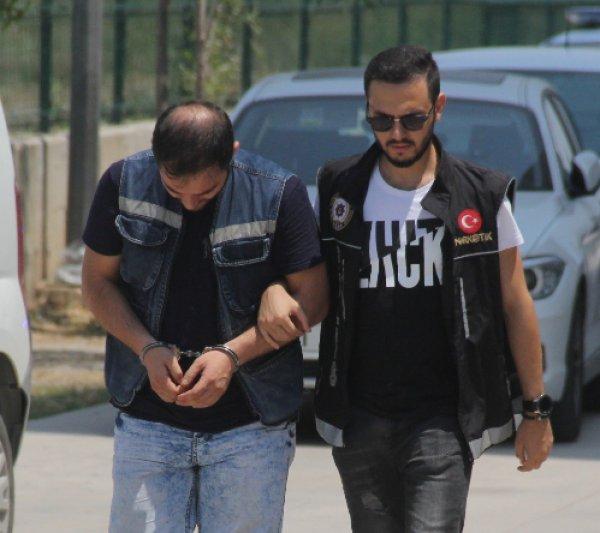 Adana'da otelde uyuşturucu ticareti polise takıldı