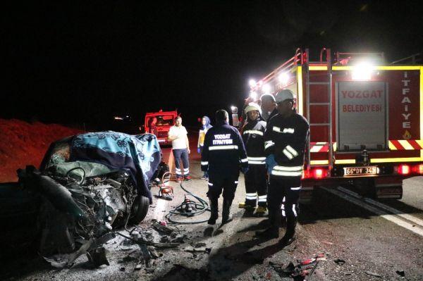 Yozgat'ta trafik kazası:1 ölü,2 yaralı