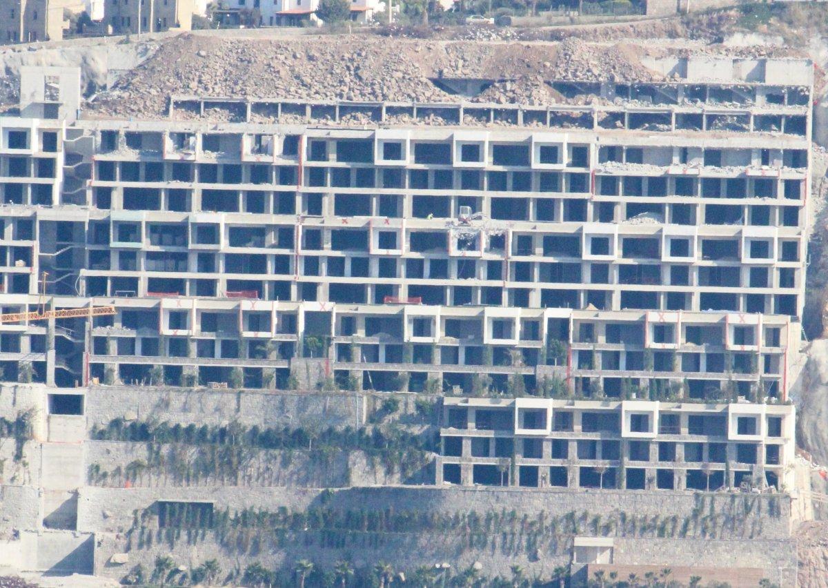 Bodrum'da kaçak yapıların yıkımında sona doğru