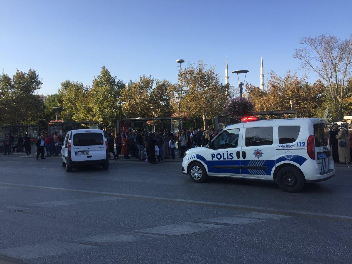Konya'da yorgun mermi 2 kişiyi yaraladı
