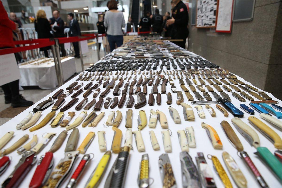 İstanbul Adalet Sarayı'nda el konulan suç eşyaları