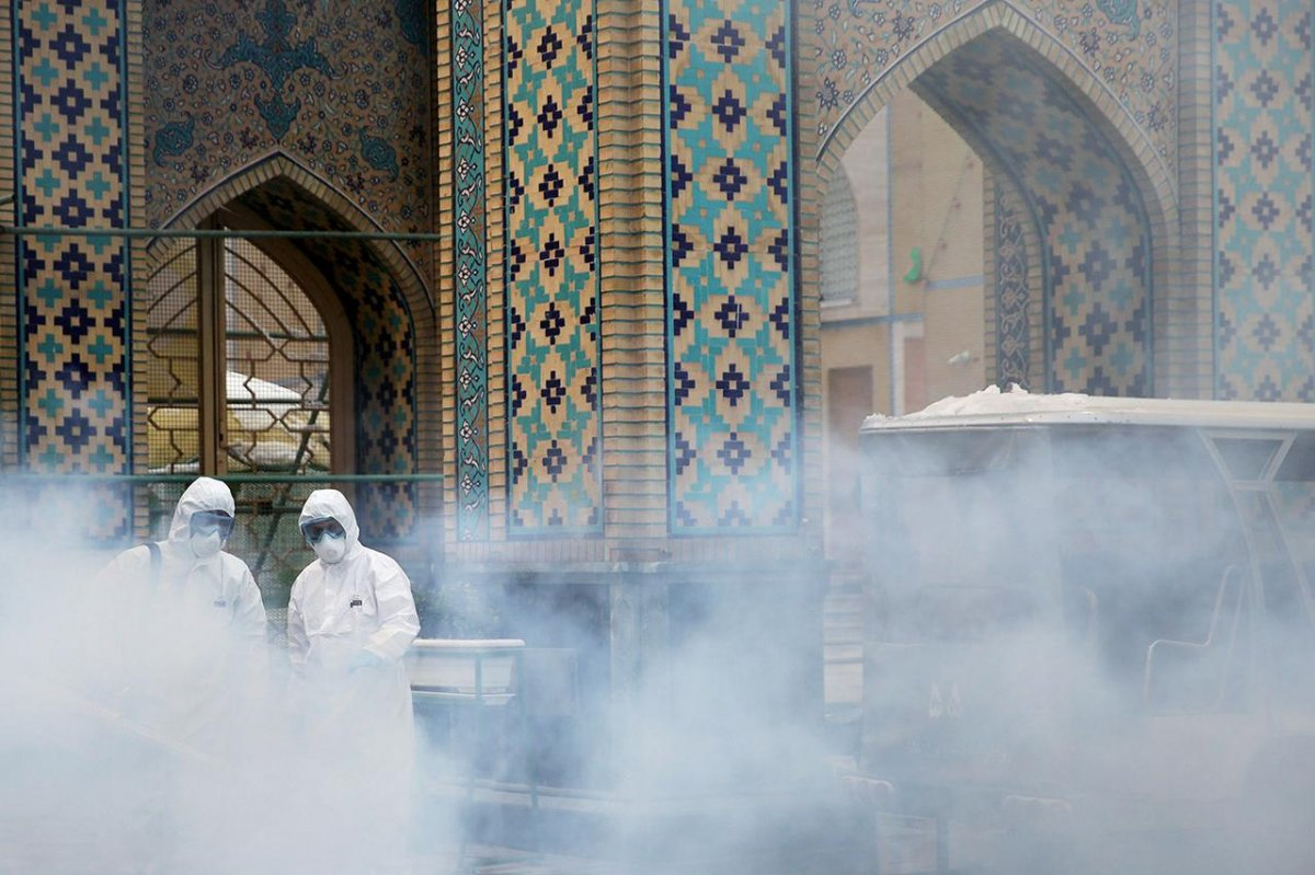 İran'da koronadan 10 dakikada bir kişi ölüyor