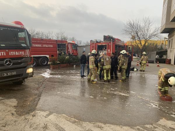 Tuzla'da kumaş fabrikasında yangın; mahsur kalan 5 işçi kurtarıldı -2