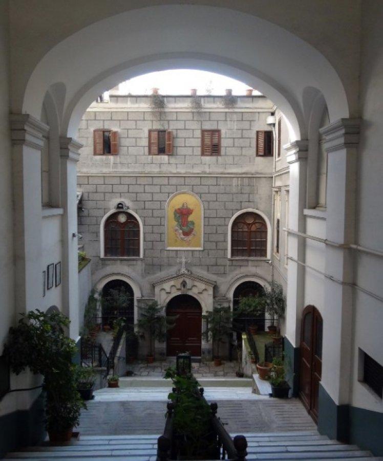 Virüs nedeniyle kilise ve sinagoglar kapandı