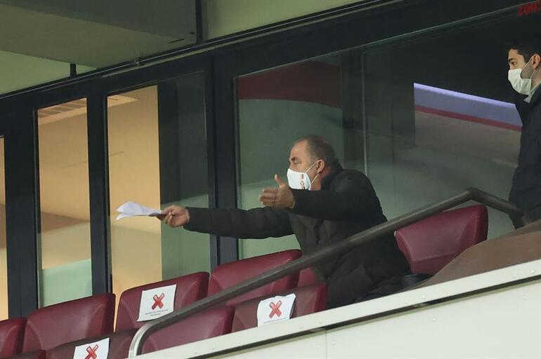 Fatih Terim, Galatasaray-Antalyaspor maçında çılgına döndü