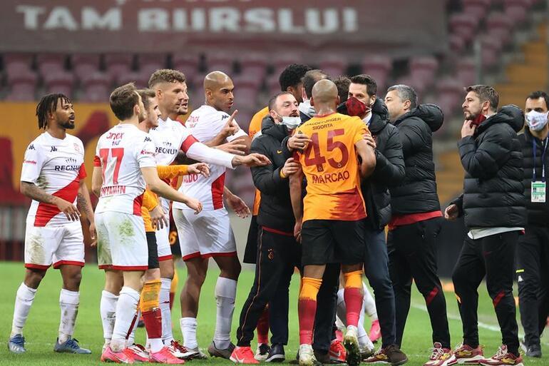 Galatasaray - Antalyaspor maçı sonrası yıldız isme olay sözler Basiretsiz